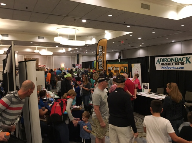 A small but busy marathon expo